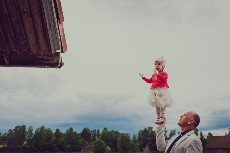 ISSI KÄED ON KÕIGE TURVALISEMAD! Isadepäeva fotojahi võitis Karmen Kärg