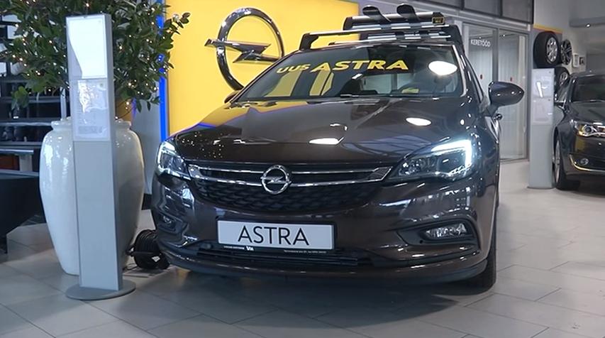 ROOLI VÕIM! Opel Astra tõrjus kuu auto konkurentsist Renault Talismani