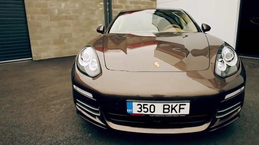 ROOLI VÕIM! Porsche Carrera 4S surub ennast unistuste autode ridadesse
