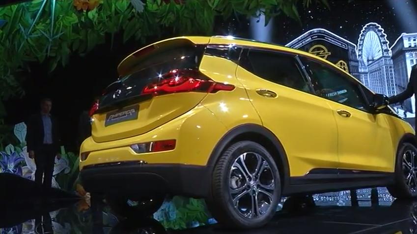 ROOLI VÕIM! Opeli uued mudelid löövad autoturul laineid