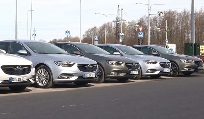 ROOLI VÕIM! Ta on kohal — uus Opel Insignia!